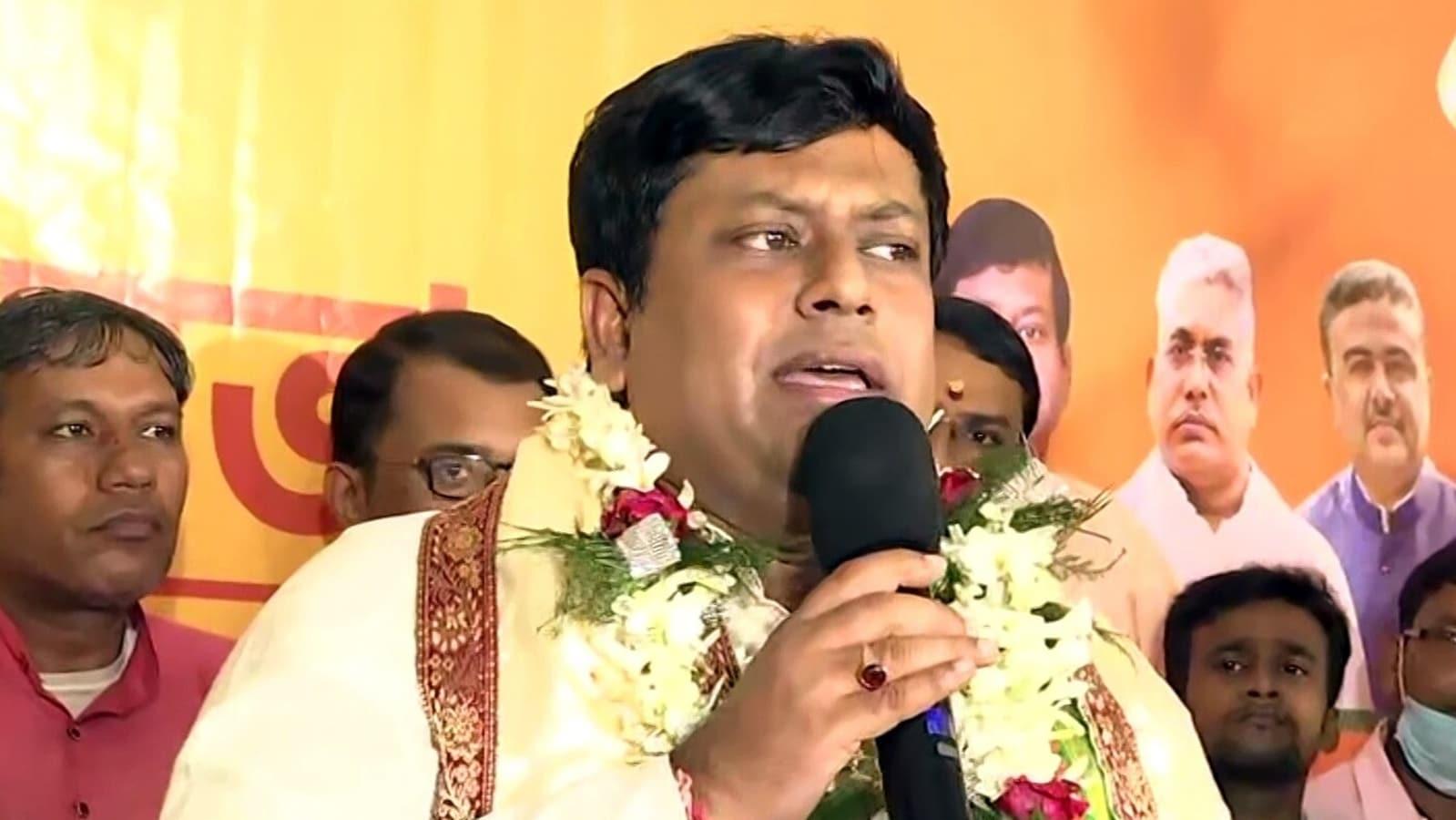 BJP's Sukanta Majumdar, Priyanka Tibrewal booked over Kalighat protests