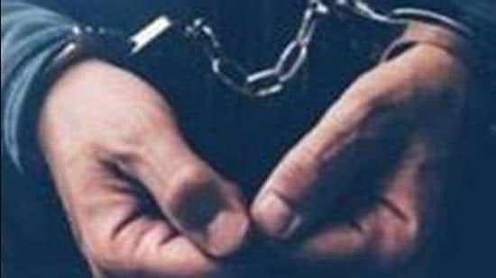 The accused had been arrested on September 21 and an illegal weapon had been recovered from his possession. He was being taken to Mullanpur Dakha for investigation, when he escaped. (Representative Image/HT File)
