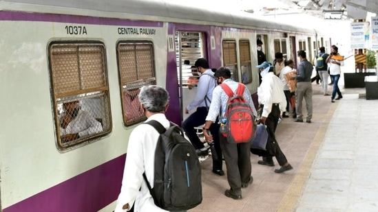 Existing Covid-19 protocols mandated for MEMU suburban services on Mumbai division will be followed(HT_PRINT)