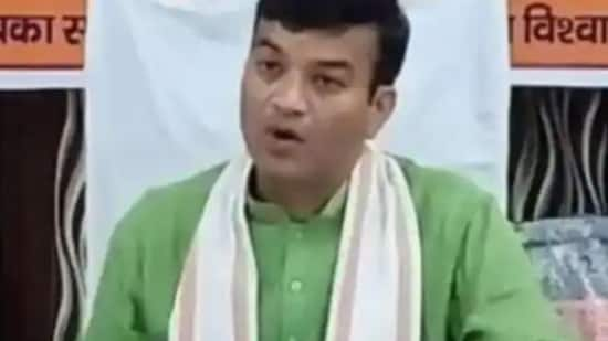Yogi government minister Anand Swaroop Shukla said Muslims in India should bow to Indian culture.