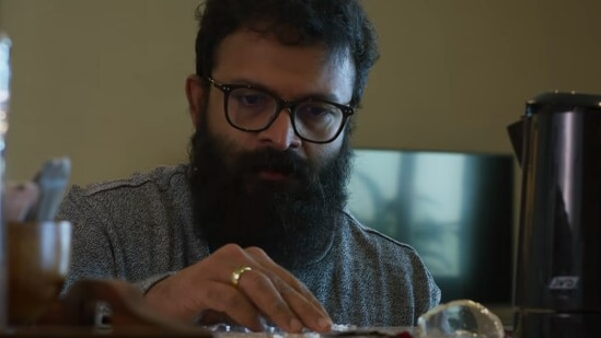 Sunny movie review: Jayasurya shines in a one-man show.