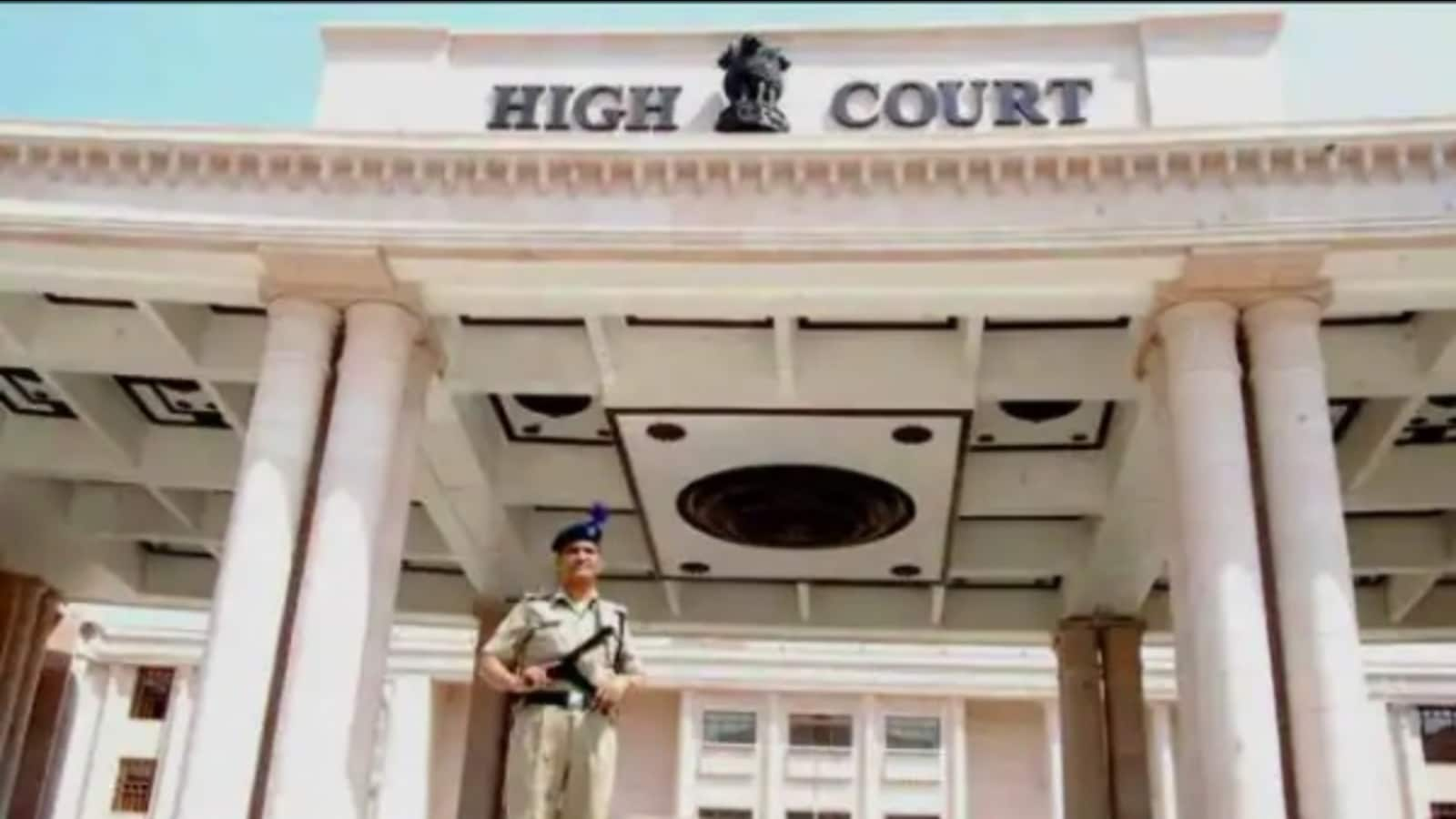 Noise pollution by modified bikes: Lucknow bench of HC pulls up authorities