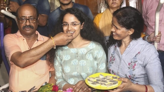 Jagrati Awasthi, the second rank holder, celebrates after Union Public Service Commission declared UPSC civil services results.(PTI Photo)