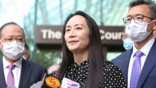 Huawei Technologies Chief Financial Officer Meng Wanzhou speaks to media outside the BC Supreme Court following a hearing about her release in Vancouver, British Columbia, Canada.(REUTERS)