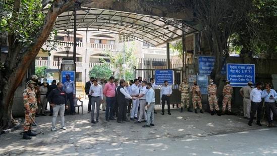 Rohini court shootout: Delhi Police nab 2 accused based on CCTV footage | Latest News Delhi - Hindustan Times