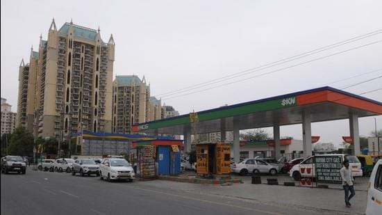 The agency has also postponed till October 10, the auction of seven sites for CNG fuel stations. (Representative photo/HT)