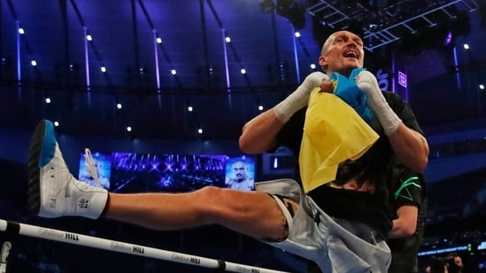 Usyk outclasses Joshua to claim world heavyweight titles(Action Images via Reuters)
