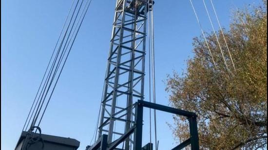 One of the cell towers, in Defence Colony, the installation of which was put on hold (Sourced)