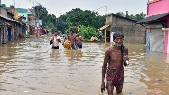 The landfall process of Cyclone Gulab began at 6pm on Sunday. (ANI Photo)