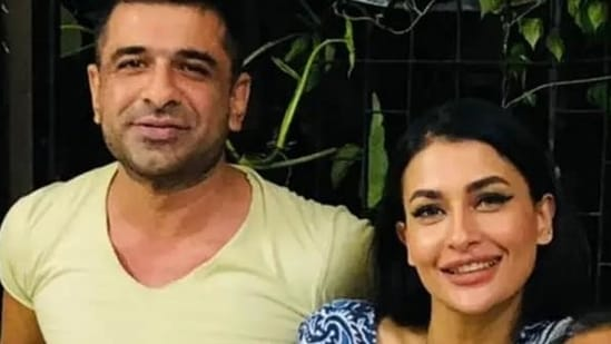 Eijaz Khan and Pavitra Punia pose together.