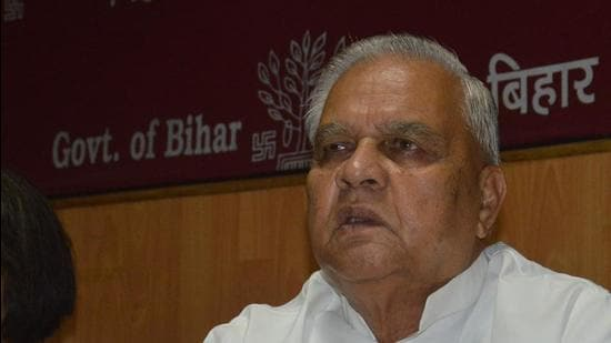 Bihar planning minister Bijendra Yadav said they have dropped the demand for special status as they are tired of asking for it from the Centre. (HT FILE)