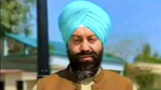 Sikh Unani medicine practitioner Sardar Satnam Singh (Khalsa), was shot dead by unidentified gunmen in Pakistan's Peshawar on Thursday. He was at his clinic when attackers barged into his cabin and fired at him. (PTI PHOTO.)