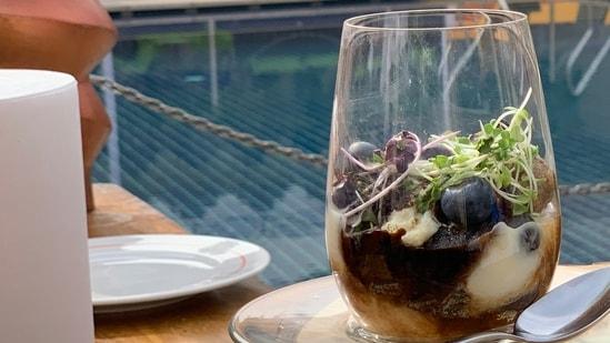 World Coffee Day recipe: Dark Fantasy Jaggery Rabdi Tiramisu is dessert heaven(ITC Hotel Chef Kusha Mathur)