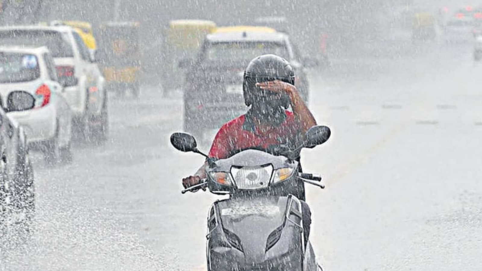 Met department projects light to moderate rainfall in 3 districts of Bengal today