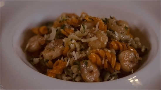 Recipe: Ever tried pasta with prawns? Let the coming Monday be a gamechanger(ITC Hotel Chef Zubin Writer )