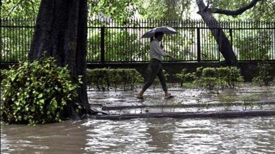 Weather forecast suggests isolated heavy to very heavy rain is very likely over Tamil Nadu, Kerala and coastal and south interior Karnataka till Wednesday. (PTI Photo)
