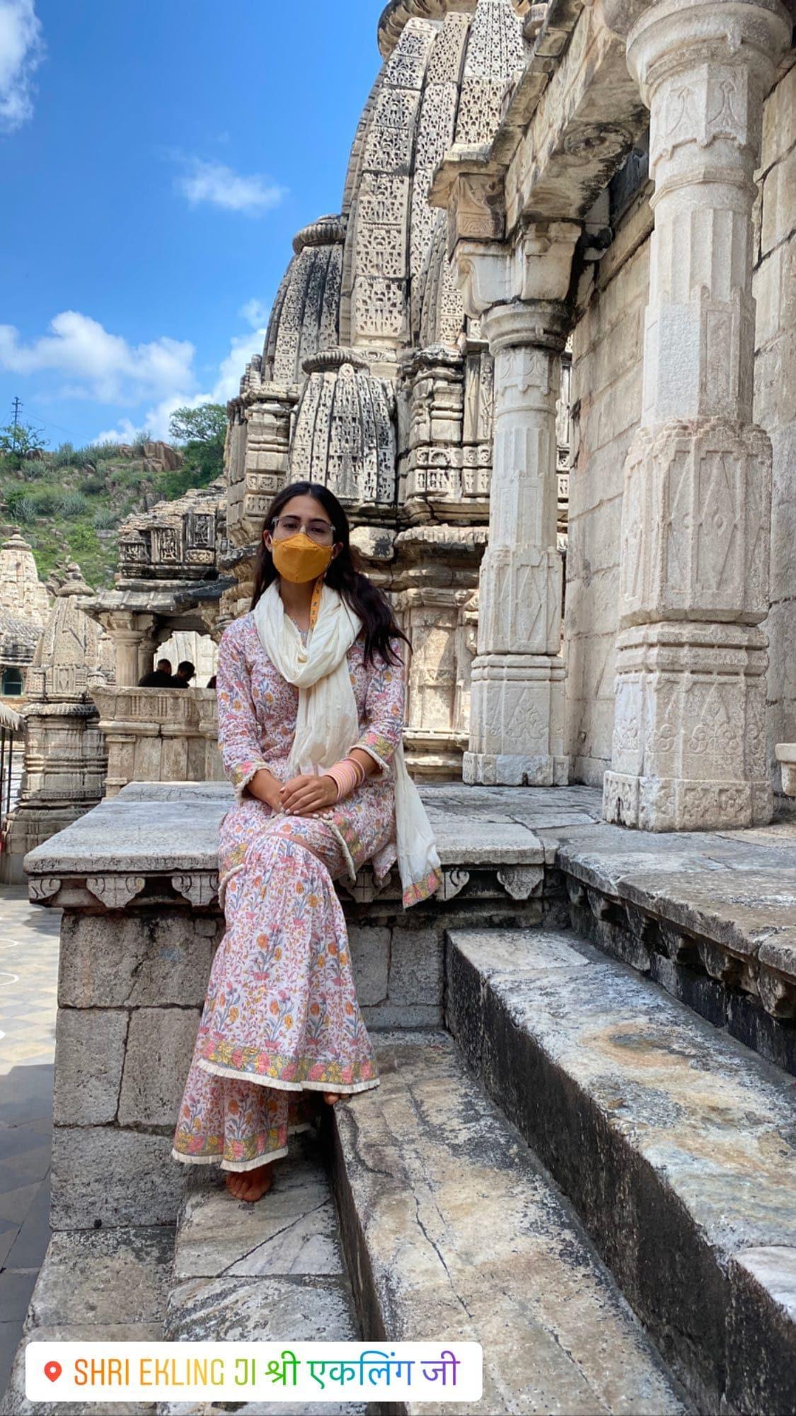 Sara Ali Khan in a cotton sharara set at Udaipur's Shri Ekling Ji Temple(Instagram/saraalikhan95)