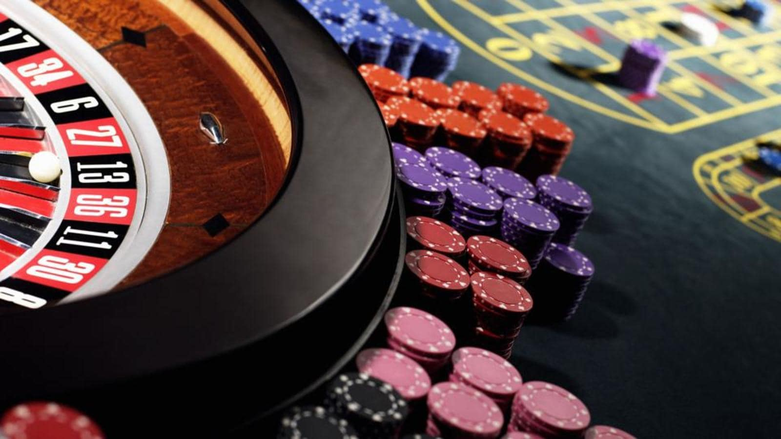 Companies may move court against govt ban on online gambling and games    Latest News India - Hindustan Times