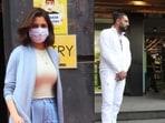 Anushka Sharma, Kareena Kapoor and Yuvraj Singh spotted in Mumbai.(Varinder Chawla)
