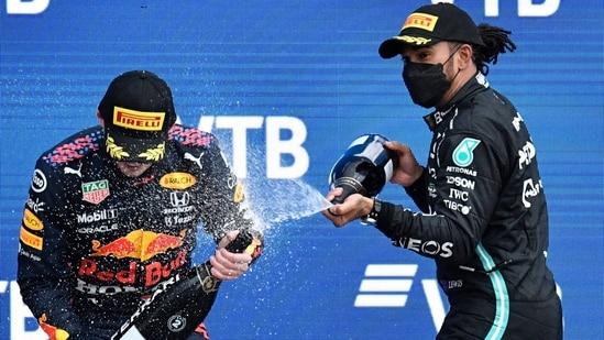 F1: Lewis Hamilton and Max Verstappen renew battle in Turkey(TWITTER)