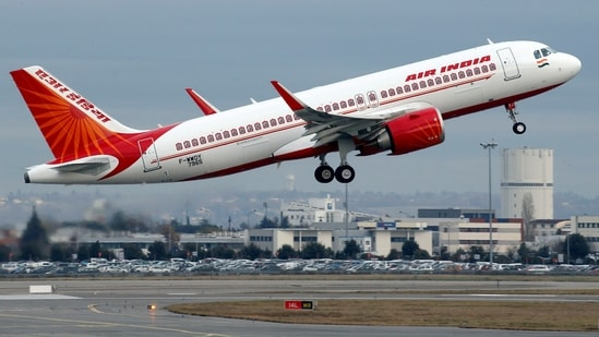 Tata Sons bid <span class='webrupee'>₹</span>180 billion for the government's 100% stake in Air India, a finance ministry official told reporters, Reuters reported.(REUTERS)