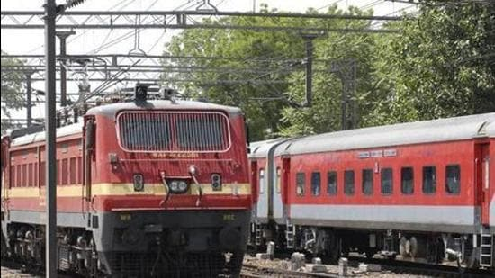 Several Pune-Solapur trains cancelled, diverted and short terminated due to the ongoing doubling work between Bhalwani-Bhigwan in the Solapur division up to October 28. (HT (FOR REPRESENTATIONAL PURPOSE))