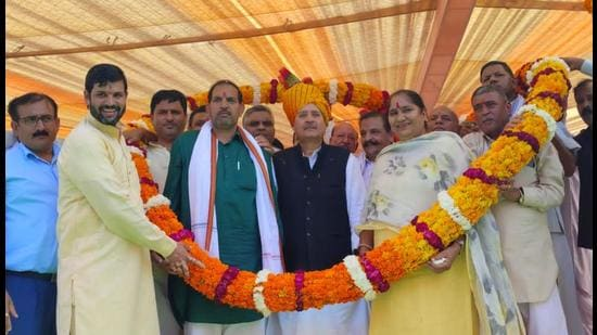 At a felicitation event organised by village residents, Inderjist Singh said that youth from local villages in the jurisdiction of the municipality, whose land was acquired for setting up the industrial township in Manesar, should be given preference for employment.