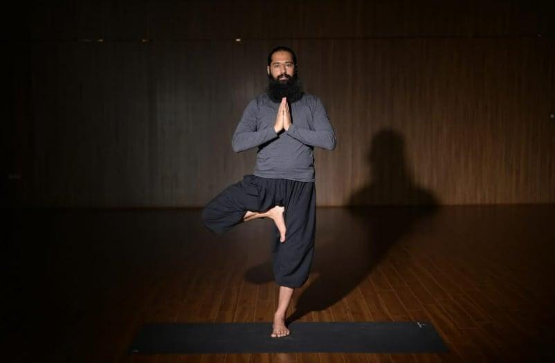 Vrikshasana(Grand Master Akshar)