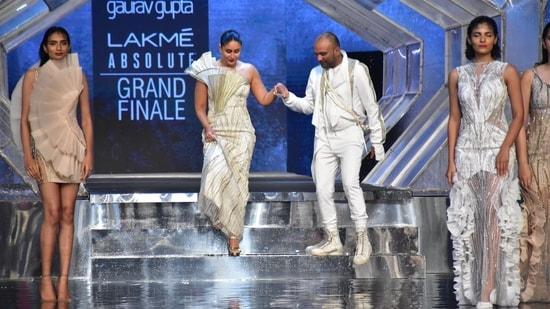 Kareena Kapoor had turned showstopper for designer Gaurav Gupta at the Lakme Fashion Week. (Varinder Chawla)