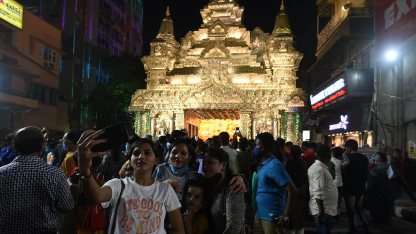 Bengal doctors fear fresh Covid-19 outbreak as millions hit streets during Durga puja