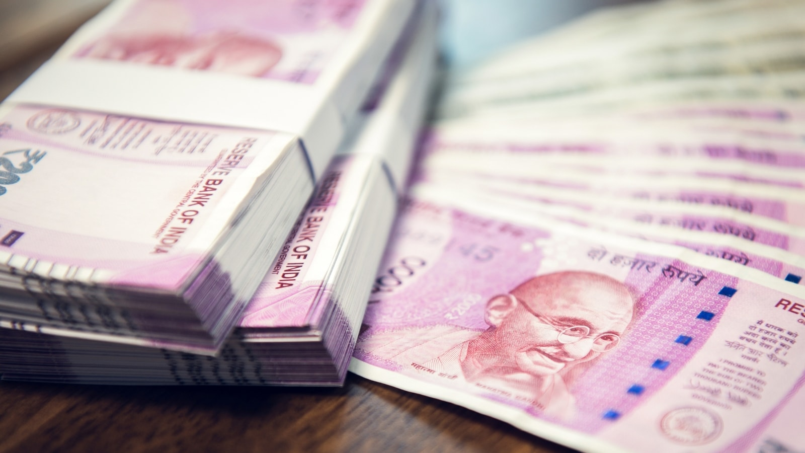 Mumbai woman police officer gets bail after held by ACB in bribery case