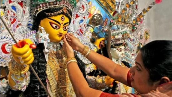 They said that it is a symbol of welcoming the goddess at their home during the festival and celebration of womanhood. (HT photo)