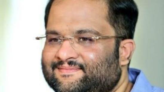 Mahesh Koneru died in Hyderabad.