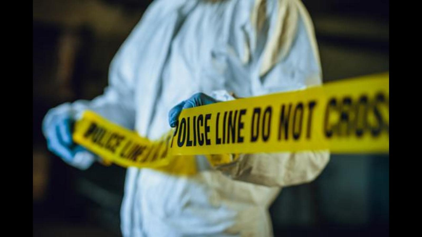 Men on 2 bikes open fire at Ayodhya's Durga Puja pandal; 1 killed, 2 injured