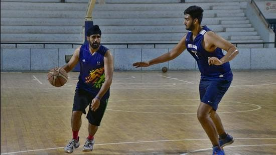 In a recent order, the Punjab state institute of sports directer had asked Punjab Institute of Sports (PIS) coaches to direct players aged 14 and above to report to their respective centres, while directing the centre to ensure that Covid norms are followed. (Harsimar Pal Singh/HT)
