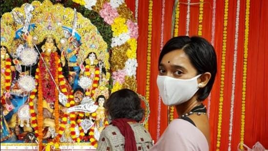 Actor Sayani Gupta's mother joined her for Durga Puja celebrations this year.