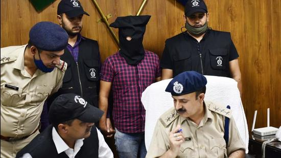 The police on Thursday arrested the prime suspect in the murder of a student of SGT University, in an incident of shooting on the varsity campus in Budhera on October 8, from Chhawla village near Najafgarh in Delhi. (Vipin Kumar/HT PHOTO)