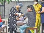 A decrease of 2,046 cases was recorded in the active Covid-19 caseload in the last 24 hours, the data showed.(HT Photo)