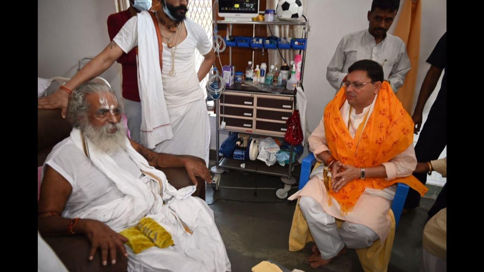 Uttarakhand CM Dhami meets Mahant Nritya Gopal Das