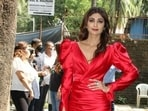 Spotting our favourite celebrities on the streets of Mumbai, checking off their weekend duties are one of our favourite things to do. We also take down major fashion cues from the outfits adorned with them. Monday was no different. While Sara set higher standards of athleisure fashion, Shilpa Shetty looked stunning in a red ensemble.(HT Photos/Varinder Chawla)