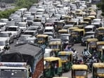 According to Delhi government's plan, the campaign will be carried out at 100 traffic intersections spread across 13 police districts.(HT file photo)