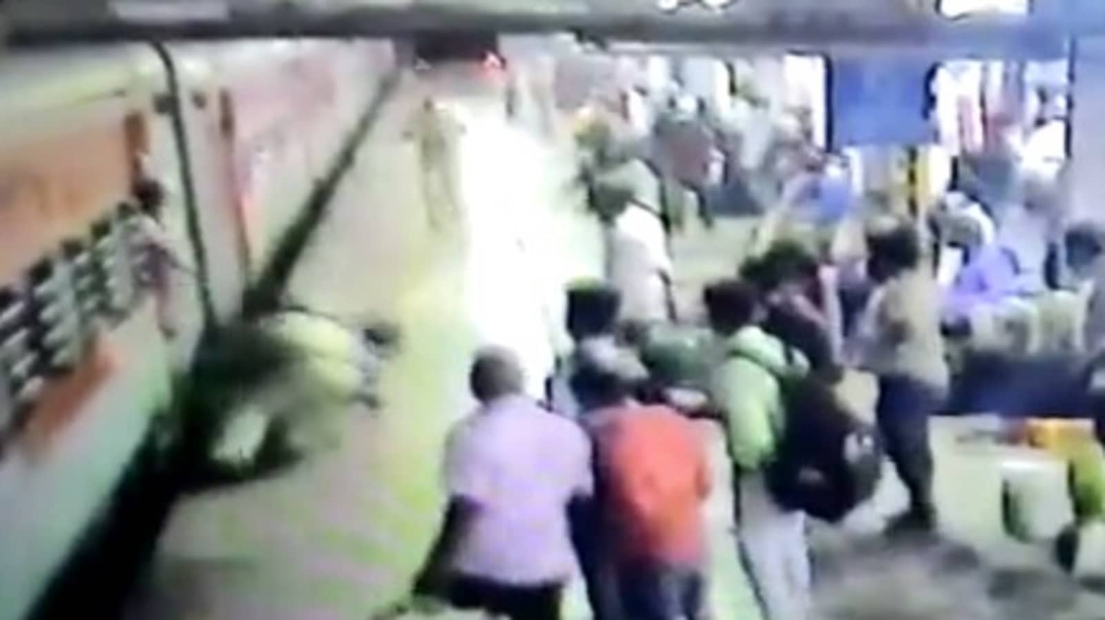 Tragedy averted as RPF constable saves woman who fell from train at Kalyan
