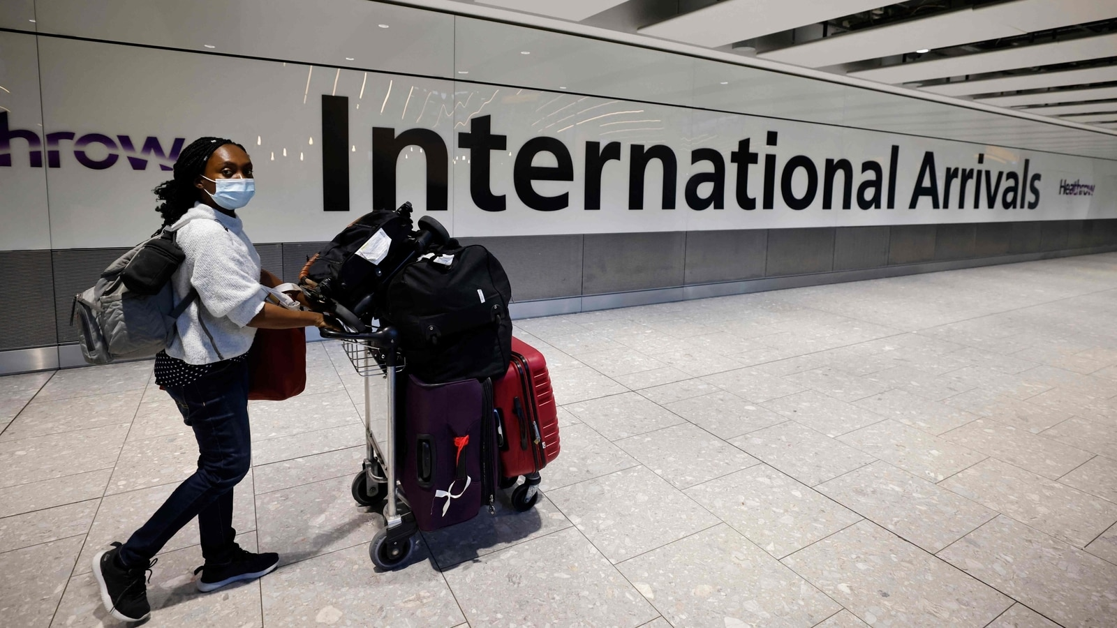 Image Centre issues norms for international arrivals, makes negative RT-PCR test must - Hindustan Times