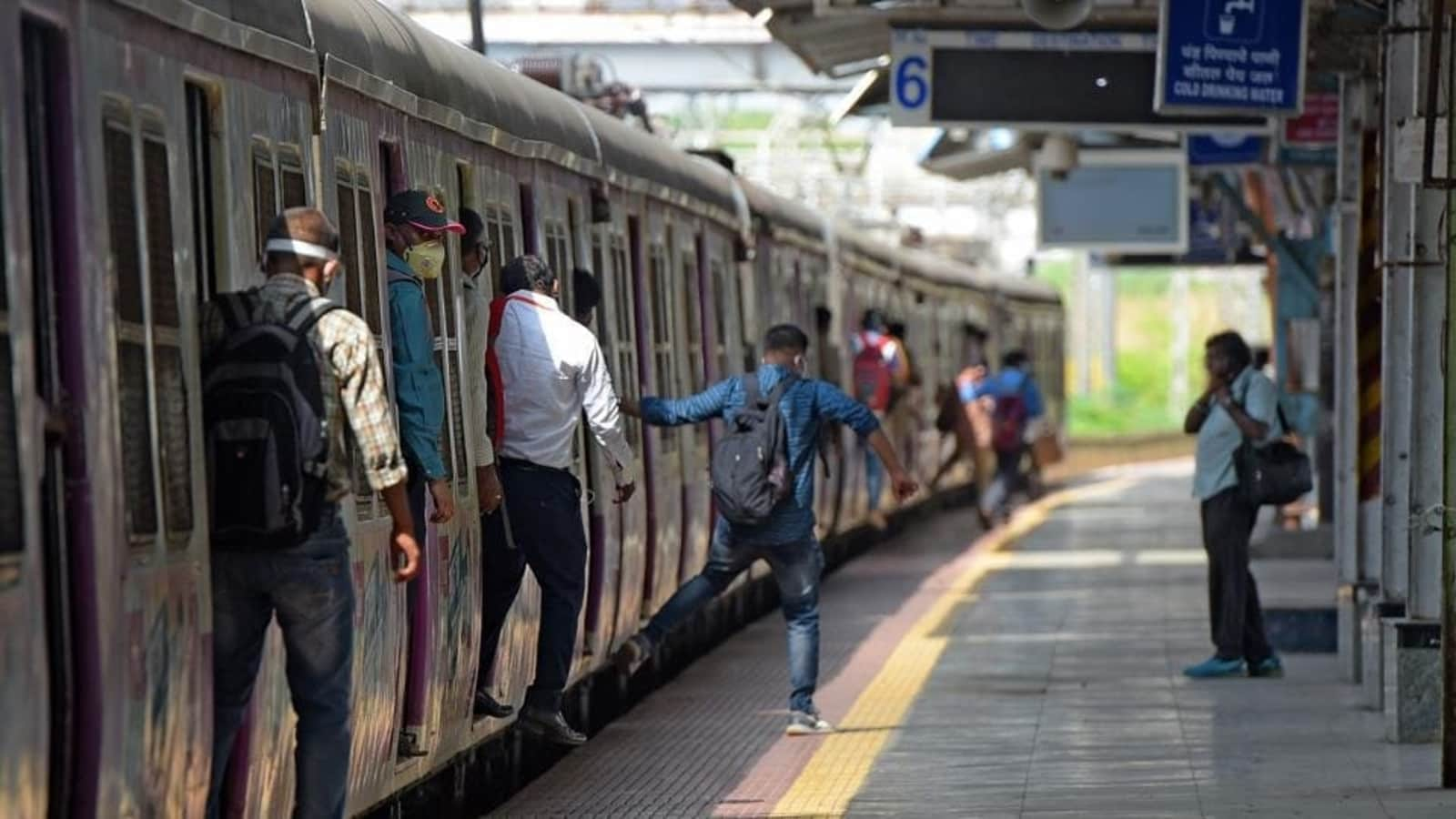 Mumbai local train: Students under 18 years can commute using local trains from today