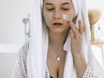 Face moisturizers which are non-greasy feel light on skin.(Pexels)