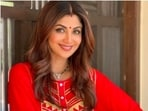 From Ravina Tandon to Shilpa Shetty Kundra, Bollywood celebrities extended their wishes to their fans all decked up in traditional Indian attires.(Instagram)