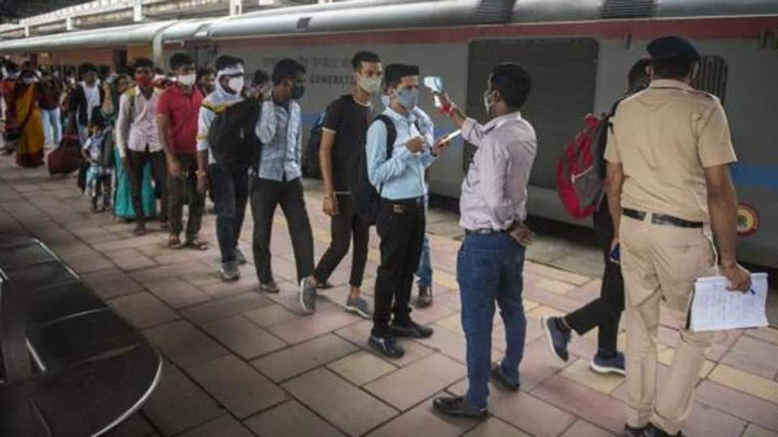 Mumbai local trains to run at full capacity from Thursday