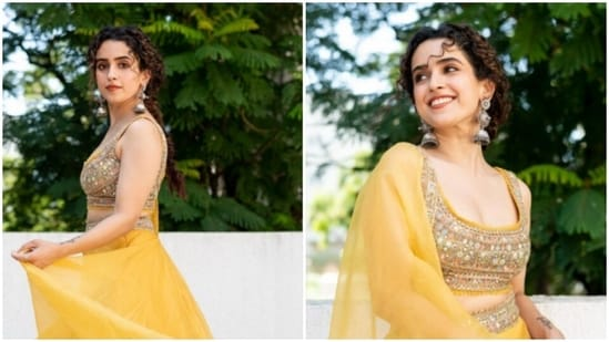 Sanya Malhotra's sense of fashion has always had our heart. Be it a casual attire or a traditional one, Sanya always makes sure to put her sartorial foot forward in her fashionable attires. On Tuesday, she did it again.(Instagram/@sanyamalhotra_)