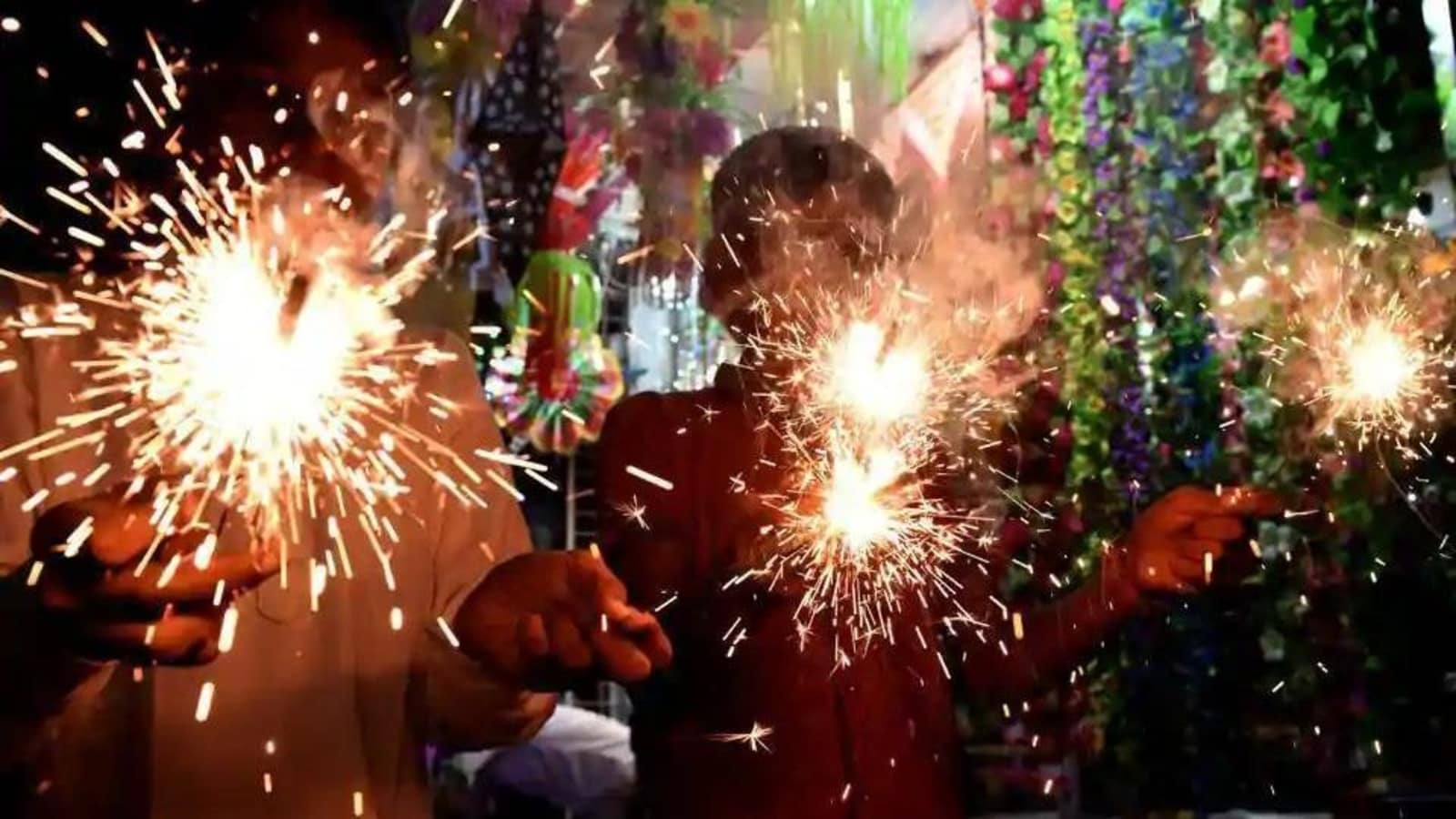 Only 'green crackers' permitted in Bengal for 2 hours during Diwali