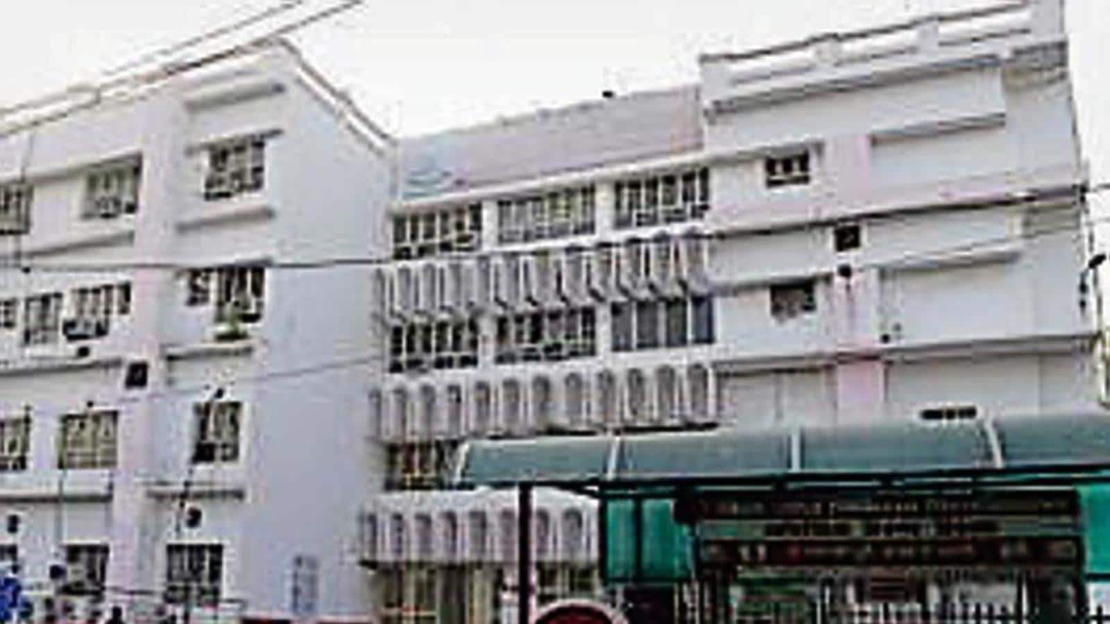 As Covid cases decline, over 700 hospital beds vacant in Lucknow, other patients need care